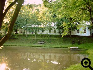 Zum 18. Anglerfest 1998 wurde mit 30m länge das größte Festzelt aller Zeiten aufgestellt.
