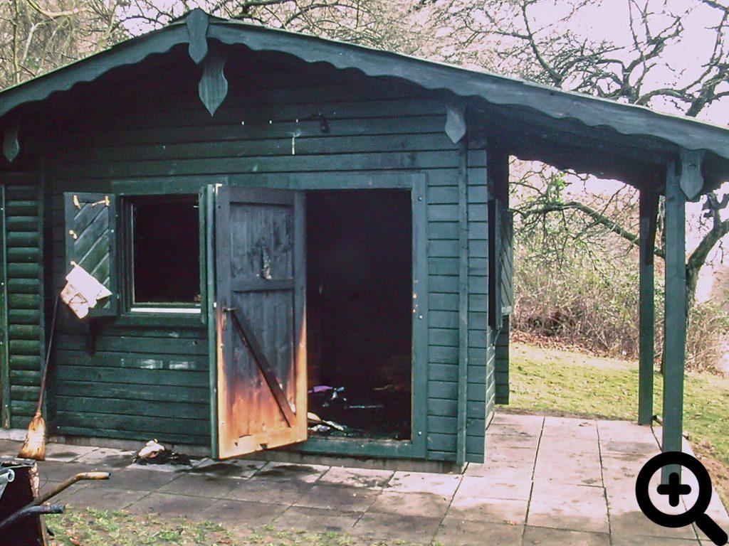 Unsere ausgebrannte Gerätehütte am 28.12.2002