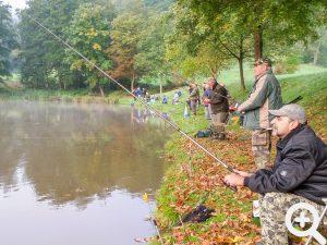 Viele Angler aus der Umgebung kamen traditionell zum Gästeangeln am 03.10.2014 nach Sandbach