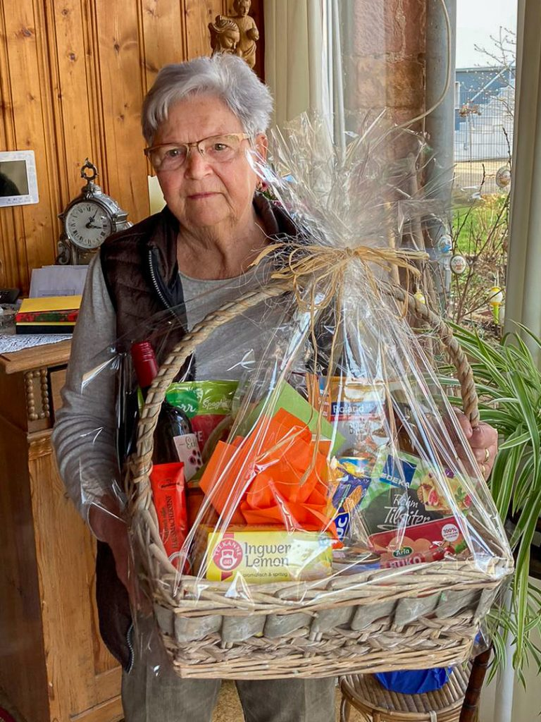 Annelore Weinacht feiert heute ihren 80. Geburtstag